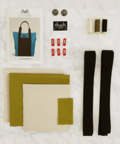 Tote-Bag-olive-sewing-kit